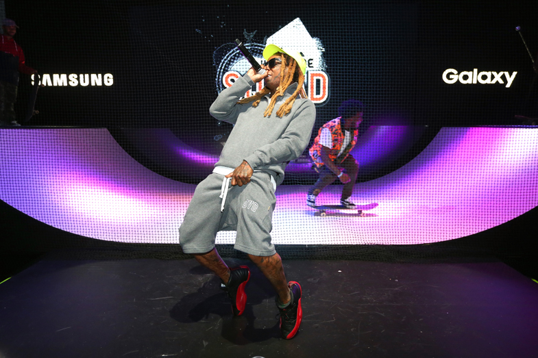 LOS ANGELES, CA - JUNE 14: Rapper Lil Wayne performs onstage at the Samsung booth at E3 Expo 2016 on June 15, 2016 in Los Angeles, California. (Photo by Joe Scarnici/Getty Images for Samsung)