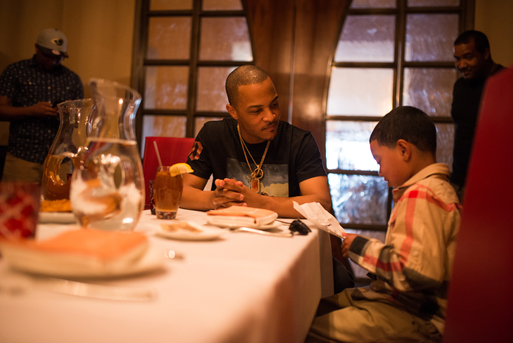 Drai's LIVE Artist Tip 'T.I.' Harris Meets with Make-A-Wish Member Mark at GIADA at The Cromwell 6.10.16