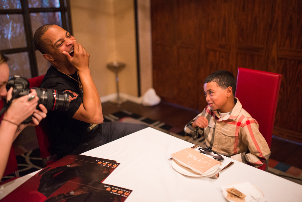 Drai's LIVE Artist Tip 'T.I.' Harris Meets with Make-A-Wish Member Mark at GIADA at The Cromwell 6.10_10