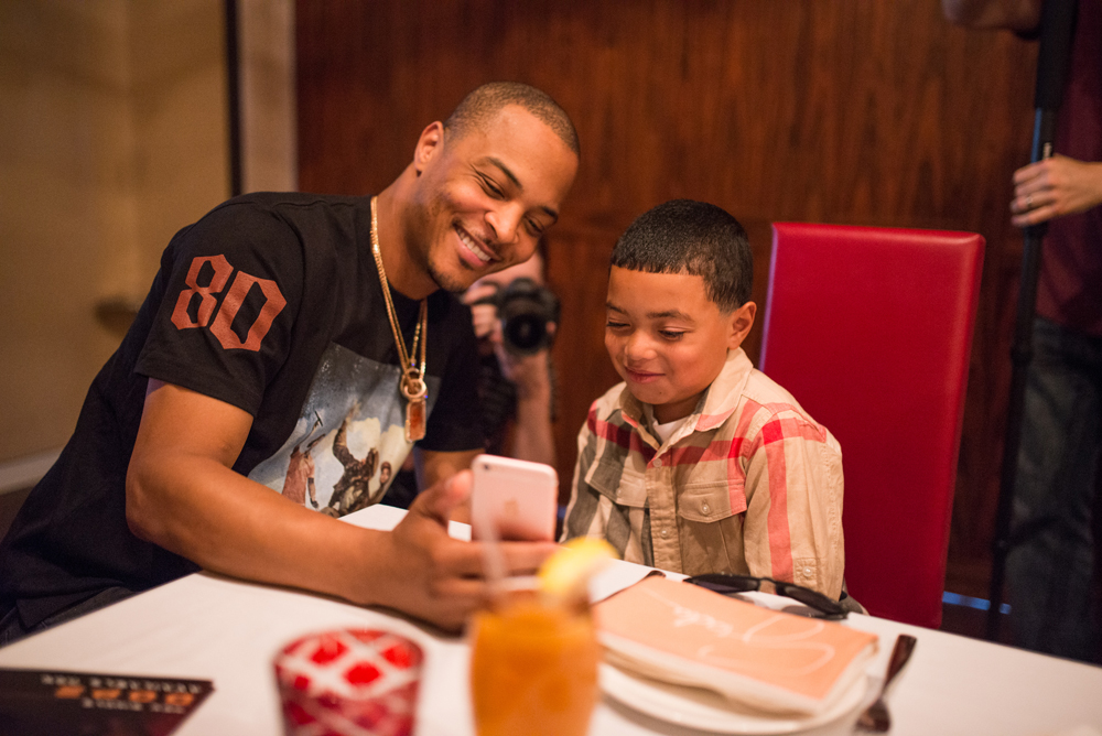 Drai's LIVE Artist Tip 'T.I.' Harris Meets with Make-A-Wish Member Mark at GIADA at The Cromwell 6.10_8