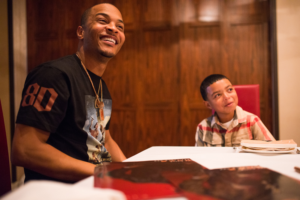 Drai's LIVE Artist Tip 'T.I.' Harris Meets with Make-A-Wish Member Mark at GIADA at The Cromwell 6.10_9