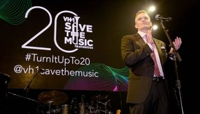 NEW YORK, NY - OCTOBER 16: Steve Curtis speaks onstage at VH1 Save The Music 20th Anniversary Gala at SIR Stage37 on October 16, 2017 in New York City. (Photo by Jason Kempin/Getty Images for VH1 Save The Music )