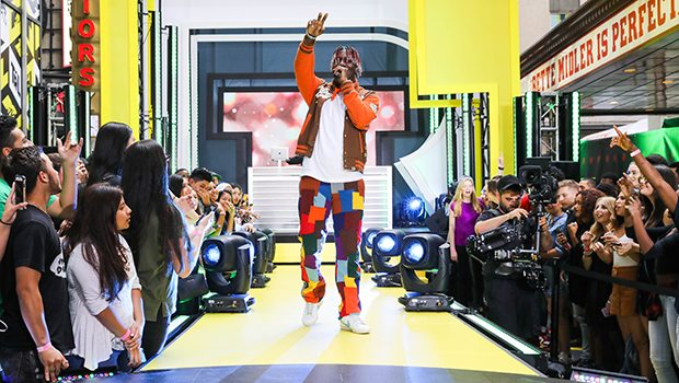 "Lil Yachty Performs ""Forever Young"" In Times Square (Photo: Zach Dilgard/MTV)"